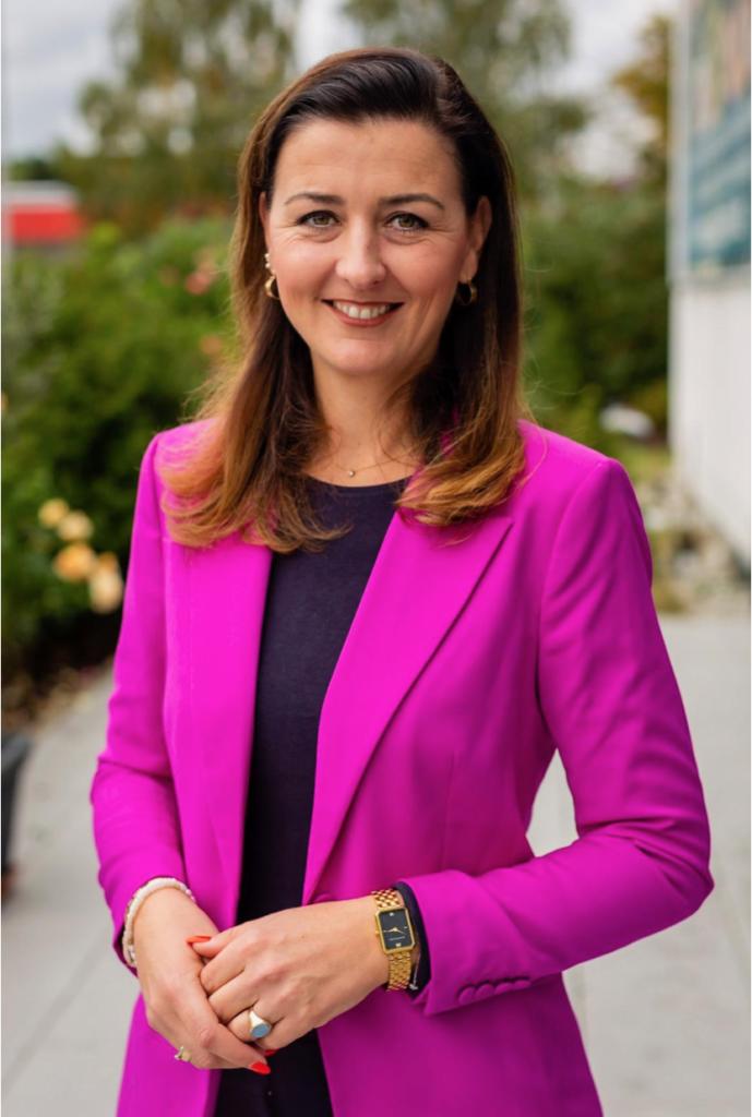 Portrait von Eva Oulds, FDP Friedrichsdorf